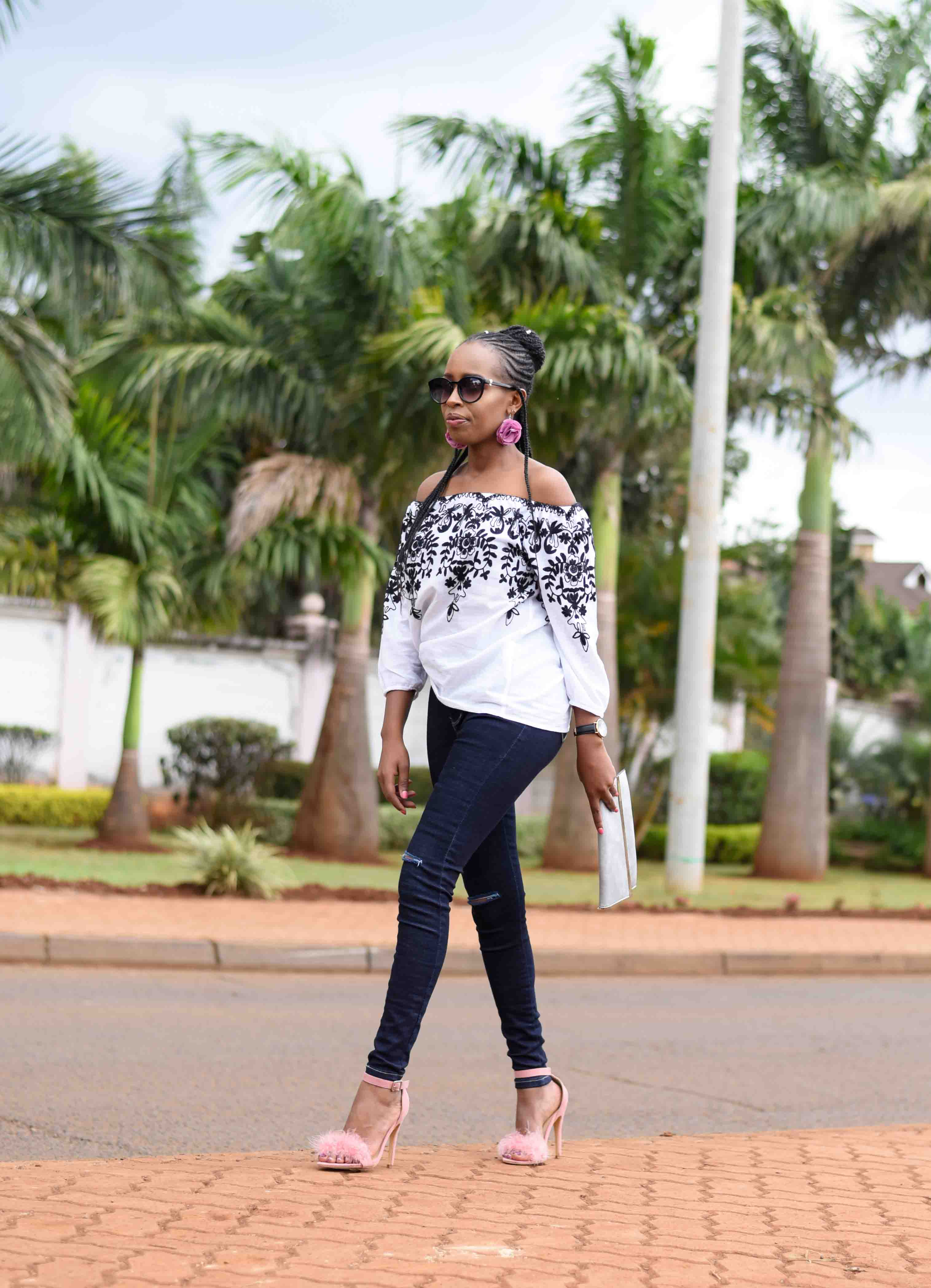 Styling My Jeans. Offshoulder x Blue Jeans